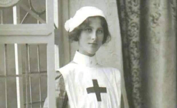 """La leyenda de """"La Planchada"""" (Historia de la enfermera completa)"""
