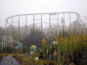 5 parques de diversiones embrujados