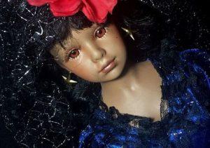 6 muñecas poseídas que puedes comprar por eBay