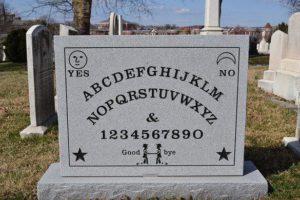 El Juego de la Ouija (Como jugar la Ouija y sus 7 reglas)