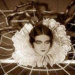 La niña que se convirtió en araña