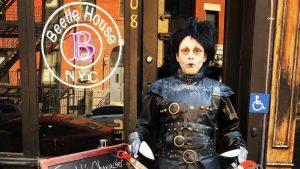 Edward Joven Manos De Tijera Bettlejuice Bar Tim Burton