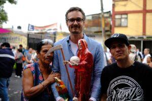 David Farrier El Otro Turismo Serie Netflix