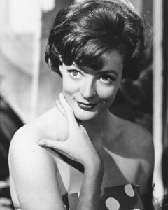 Maggie Smith Joven