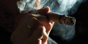 Significado De Los Olores Nos Avisan O Advierten Cigarro Humo